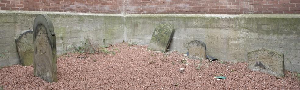 Thornton Street Cemetery Newcastle